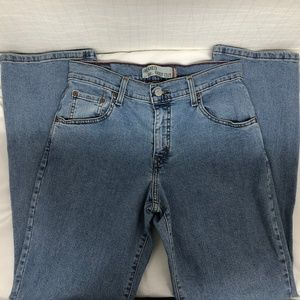 Levi's 550 Relaxed Bootcut Size 6S Jeans A731